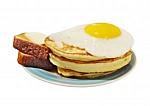 Гостиница Балтия - иконка «завтрак» в Вышнем Волочке